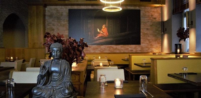 Genießen Sie Ihre Speisen in gemütlicher und authentisch vietnamesischen Atmosphäre